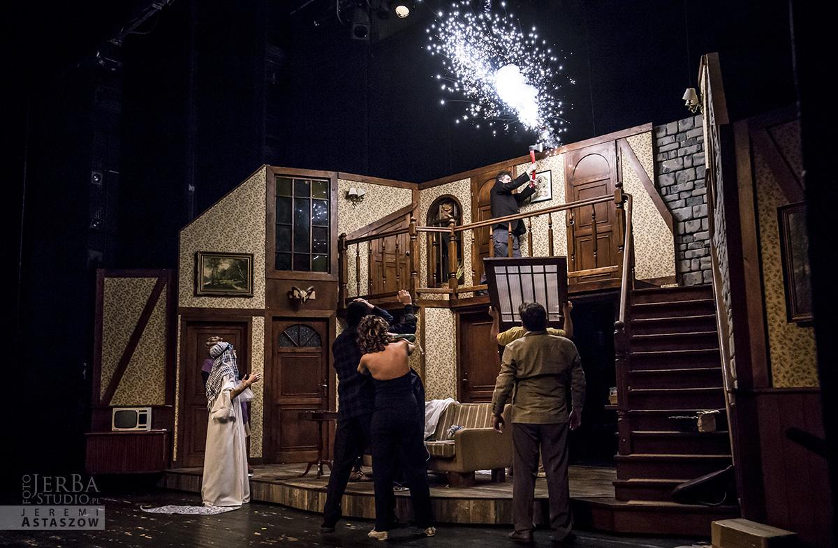 Czego nie widać Teatr Kwadrat (3)