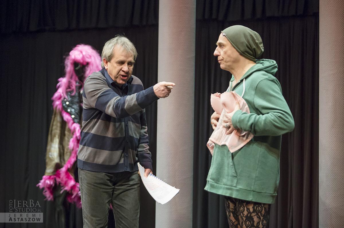 Jlatka dla ptaków, Teatr Gudejko - foto Jeremi Astaszow JerBa Studio (1)