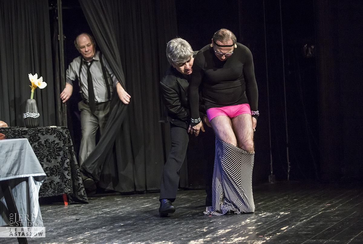 Jlatka dla ptaków, Teatr Gudejko - foto Jeremi Astaszow JerBa Studio (37)