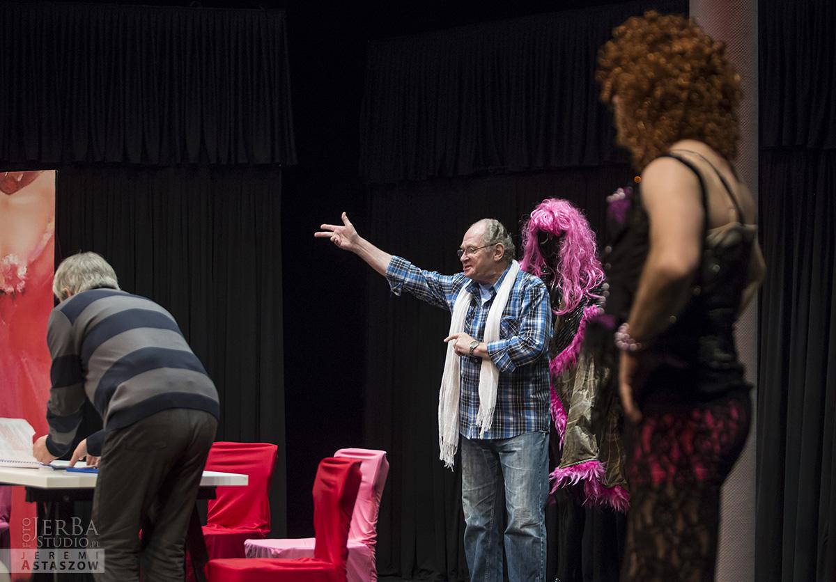Jlatka dla ptaków, Teatr Gudejko - foto Jeremi Astaszow JerBa Studio (4)