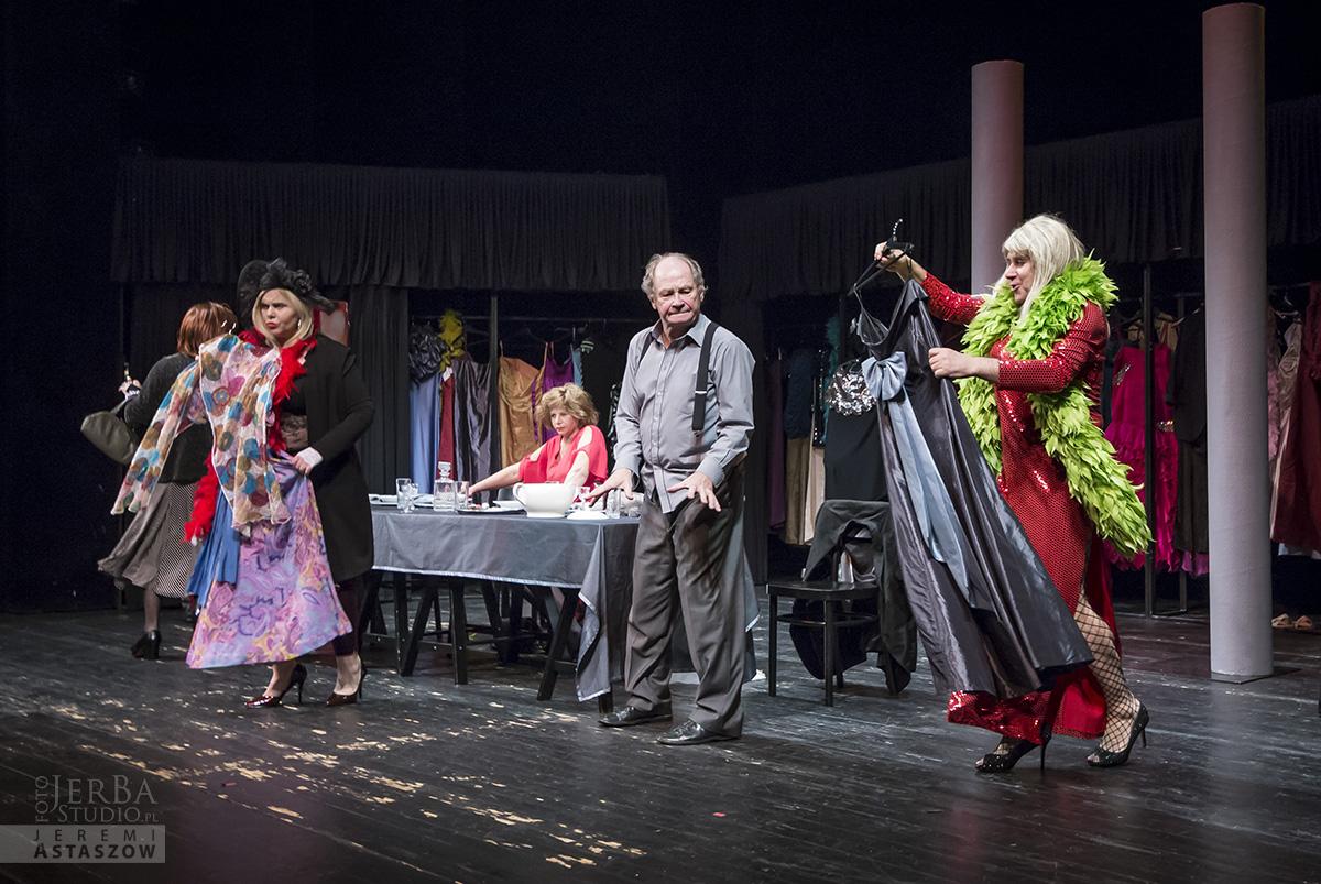 Jlatka dla ptaków, Teatr Gudejko - foto Jeremi Astaszow JerBa Studio (51)