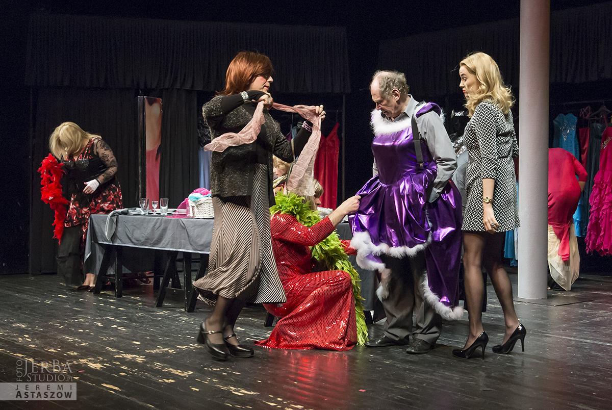 Jlatka dla ptaków, Teatr Gudejko - foto Jeremi Astaszow JerBa Studio (52)