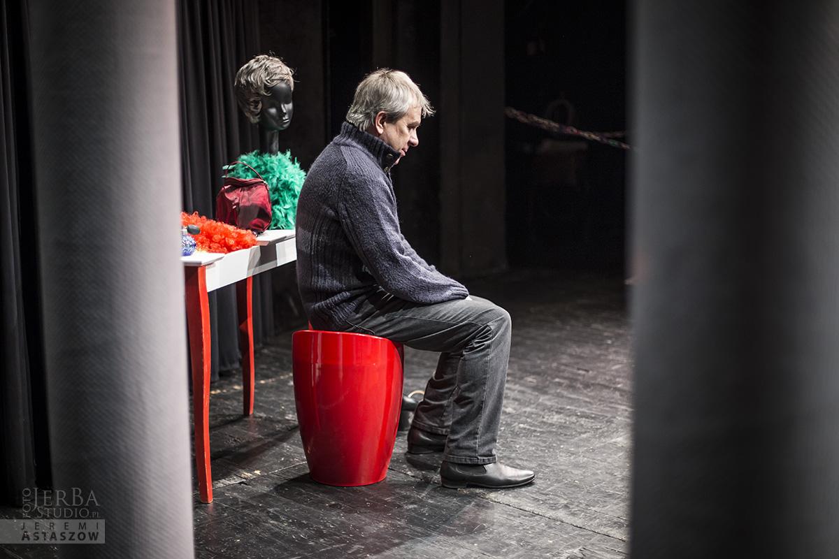 Klatka dla ptaków - backstage, Foto Jeremi Astaszow JeBa Studio (3)