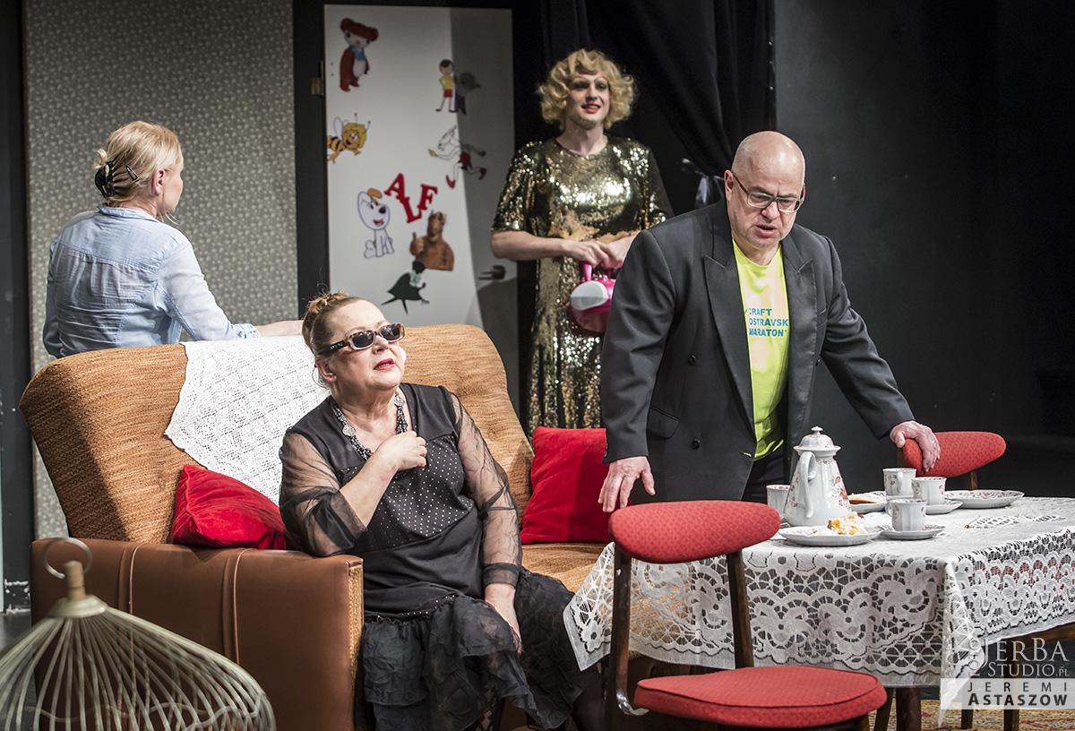 Mrozona papuga Teatr Korez, premiera (32)