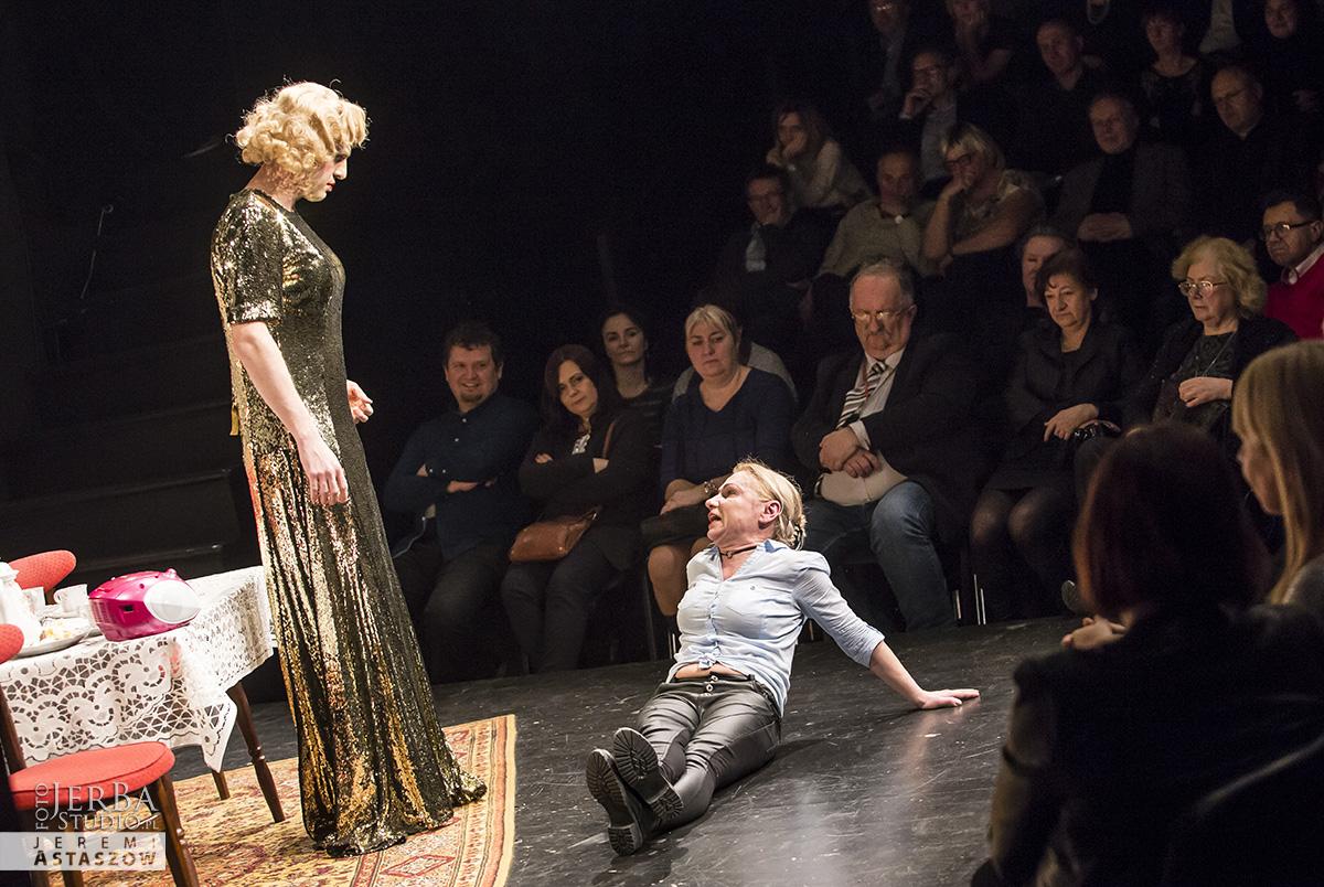 Mrozona papuga Teatr Korez, premiera (38)